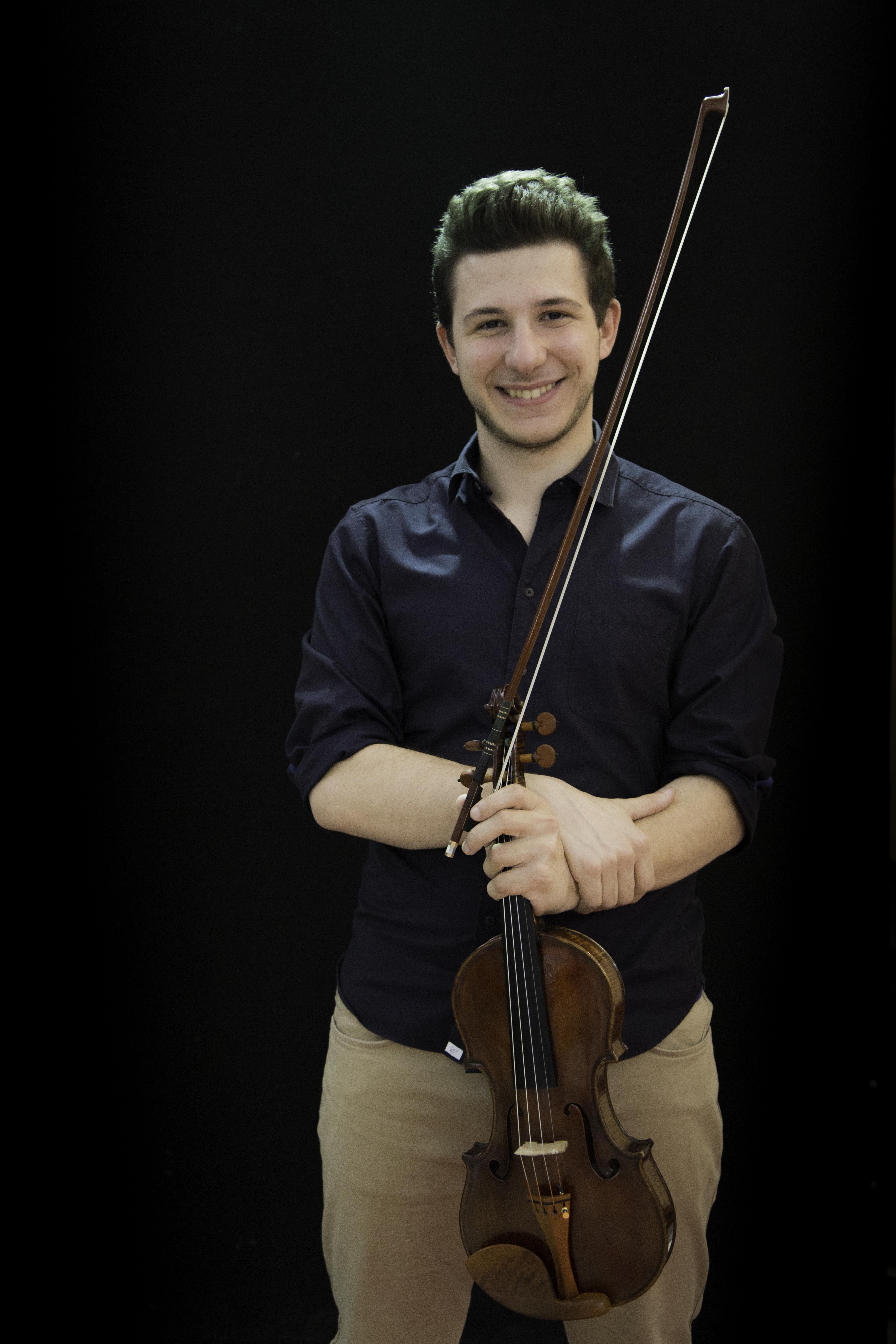 Daniele Negrini Violino